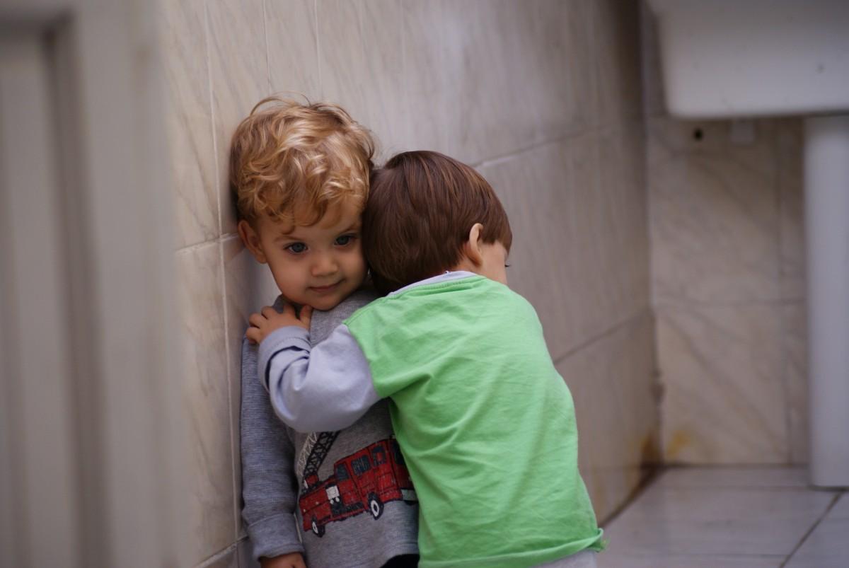 Como ensinar seu filho a pedir desculpas