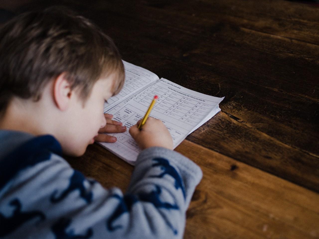Como melhorar a concentração das crianças em pequenas ações