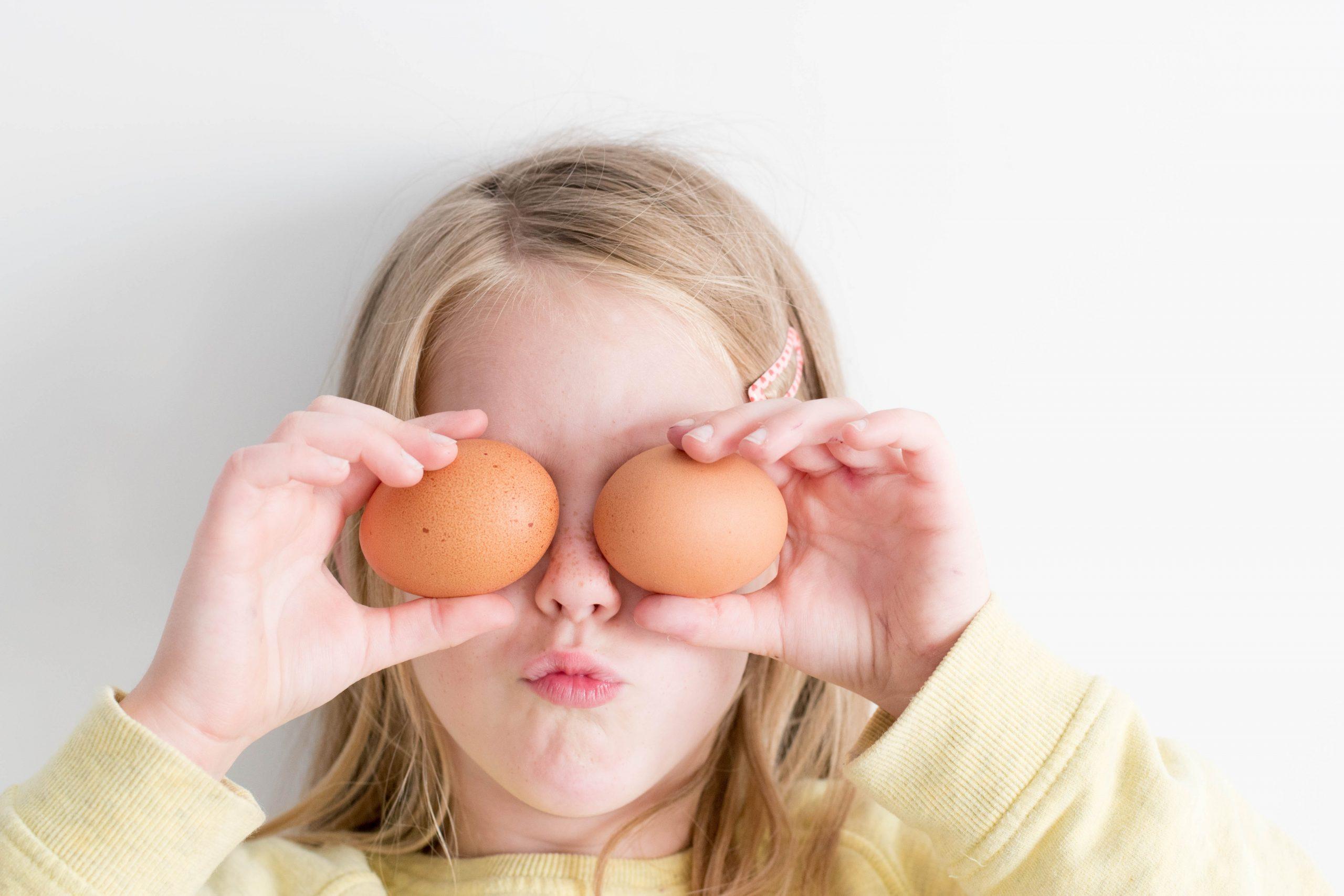 Confira os benefícios de deixar as crianças na cozinha